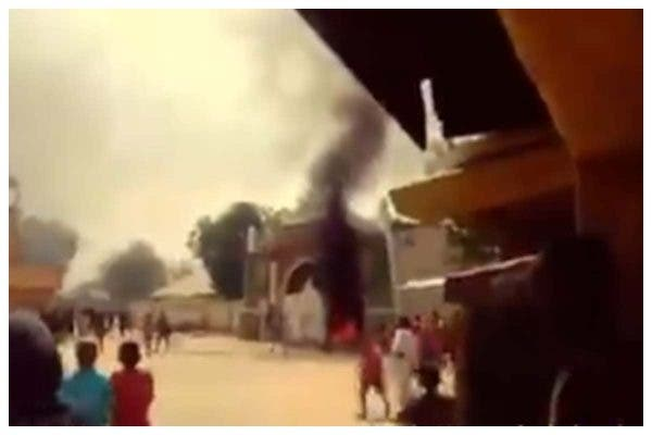 Angry residents burn Zamfara Emir's palace during protest over insecurity